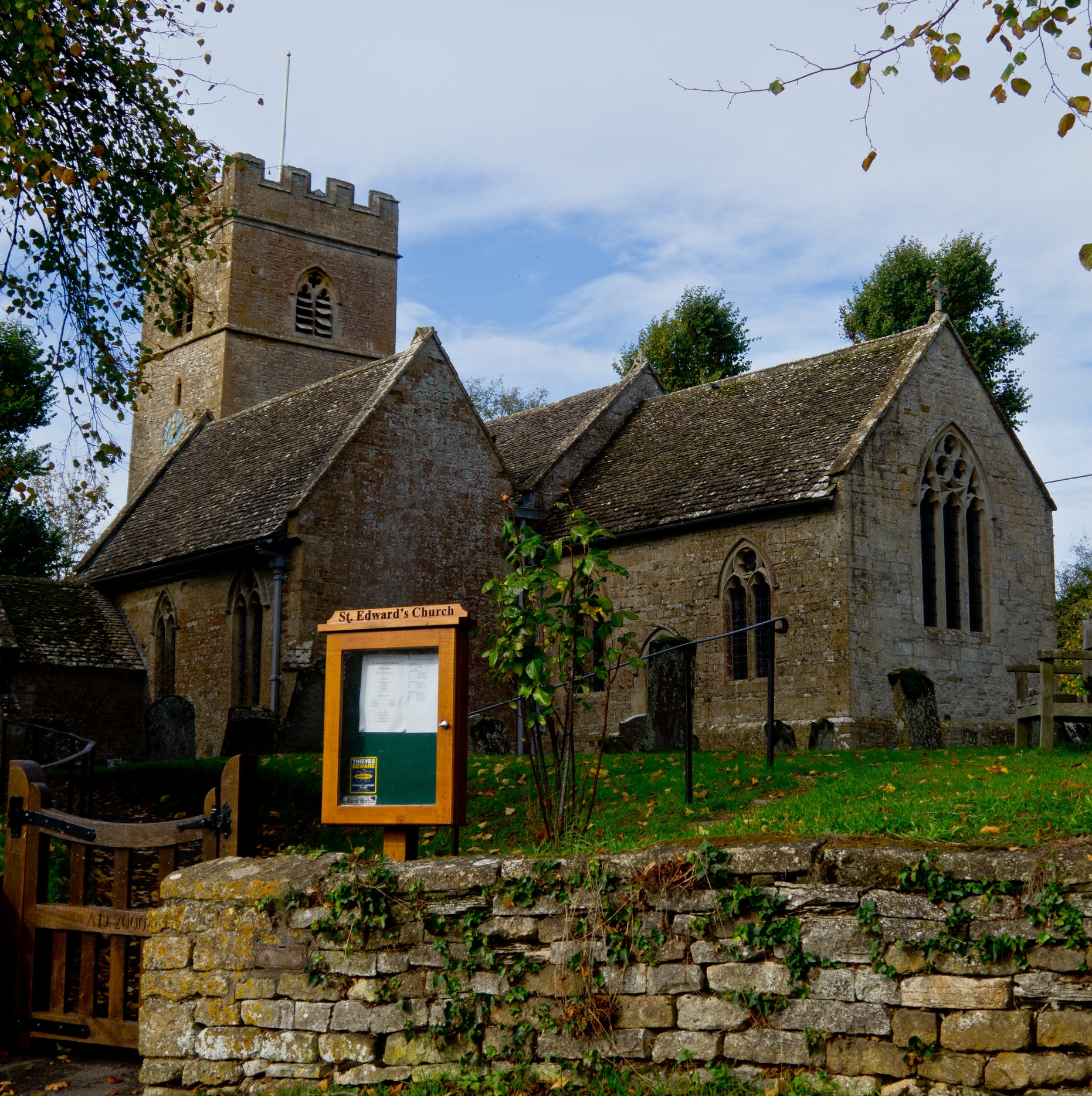 evenlode - St Edwards in Evenlode has a loyal congregation attracted to its BCP services. There are special services for festivals, which are family orientated. Please see the links below to find out about forthcoming services and events.The parish of Evenlode is in early Saxon records, and was under the Jurisdiction of Evesham Abbey prior to the Reformation. The church is mainly 13th century, with a Norman arch, early English lancet windows and an aura of peace which reflects both the beauty of the village in which it is situated, and the centuries of prayer and worship which it has seen.ChurchwardensMrs. Virginia Symons Tel: 01608 650608Mr. Mark Dancer Tel: 01608 651 653