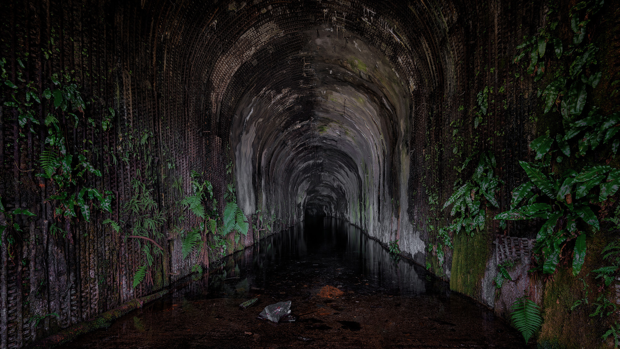 Flooded tunnel on the higher level