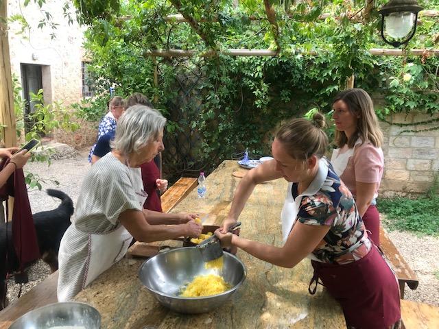 Gnocchi in Salbeibutter - Kochkurs in der Toskana