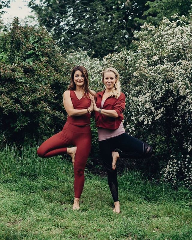 Our 4- Day Summer Cleanse Retreat from 25th- 28th July 2019 only has a few spots left: 2 spots in a shared double room and 2 spots in a 3-bedroom. @anna_flawsomeyoga and I are looking forward to spending time with you guys in the beautiful surroundings of Haus Taubenblau in Brandenburg😊 For more info and prices check the link in my bio or contact me directly: nadine@retreaters.de #yoga #yogaretreat #yogateacher #brandenburg #health #nutrition #berlin #selfcare #wellbeing #wellness #soulfood