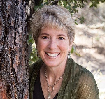 Linda Fitch - Master Shaman Linda takes you on a magical journey to the Grandmother Tree, and on a journey where you get to connect with Mother Earth and sit at her council.To receive free recorded journeys with Linda, click on this link.