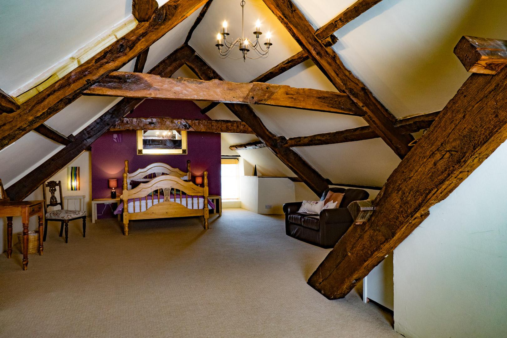 bedroom-4-top1.jpg