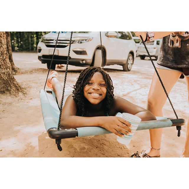 """""""You get to decided whether you're going to spend your ONE life trying to make an impression and look good or make a difference and do good."""" -Ann Voskamp • • • • • #camphope #loveva #rva #missions #kids #hopechangeseverything #photography #swing #travel #ipreview via"""