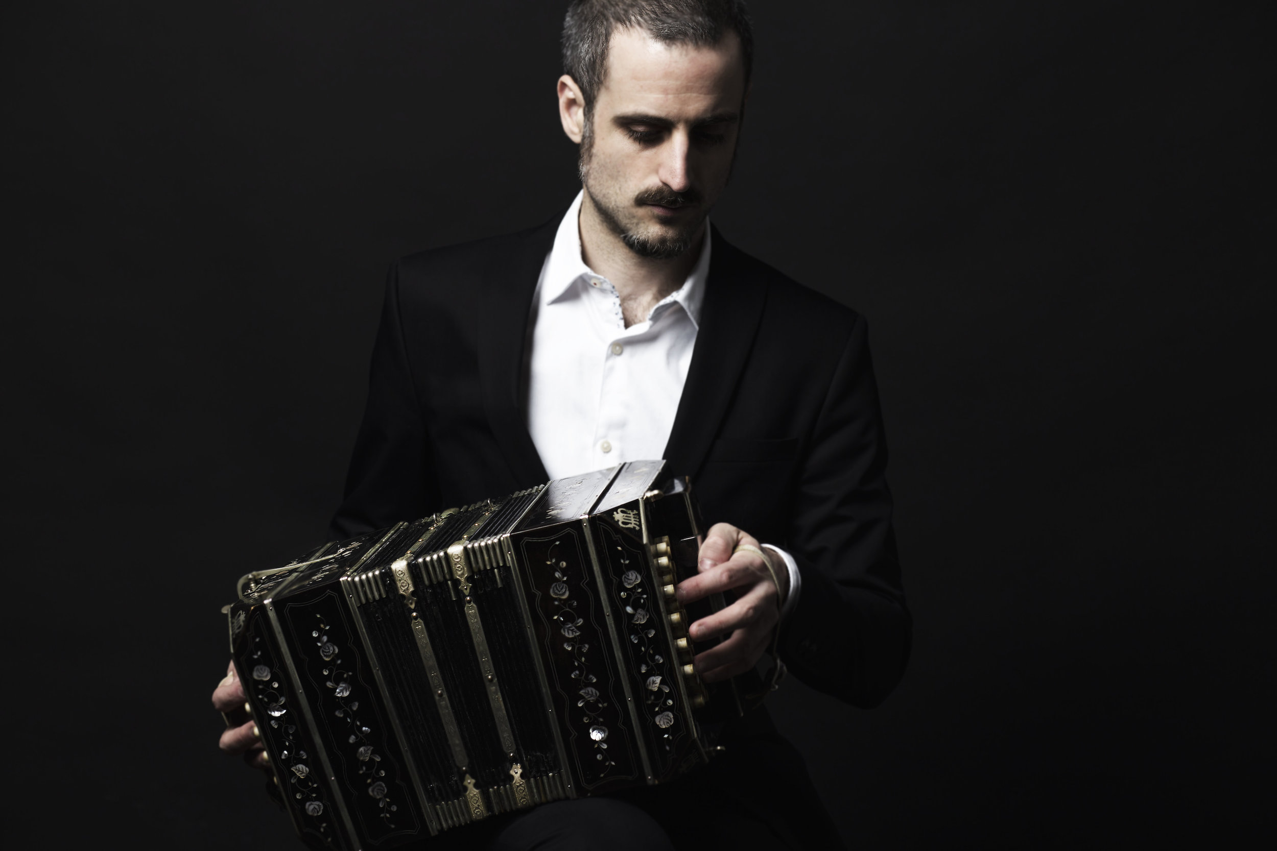 Omar-Massa-bandoneon-best-player.jpg