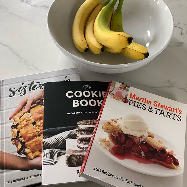Just a little bit of light reading today ❤️ . . . #samanthaandthecity #photooftheday #books #cookbooks #recipes #blog #blogger #foodblogger #baker #pastrychef #mom #boymom #motherhood #bake #lovewhatyoudo #contentcreator #content #creator #denverblogger #wednesday #learn #knowledge #expand