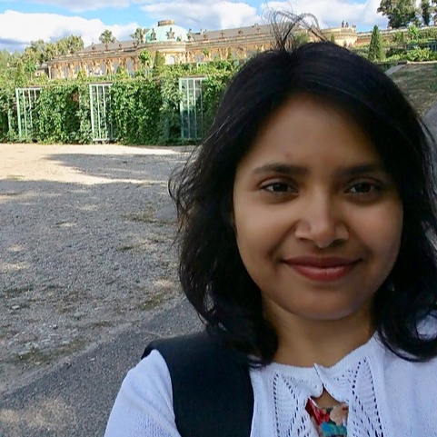 PRAGYA SRIVASTAVA    Physicist   multilayer networks - control theory, emergent behavior in complex systems - soft and active matter - quantitative biology  See all her  website .