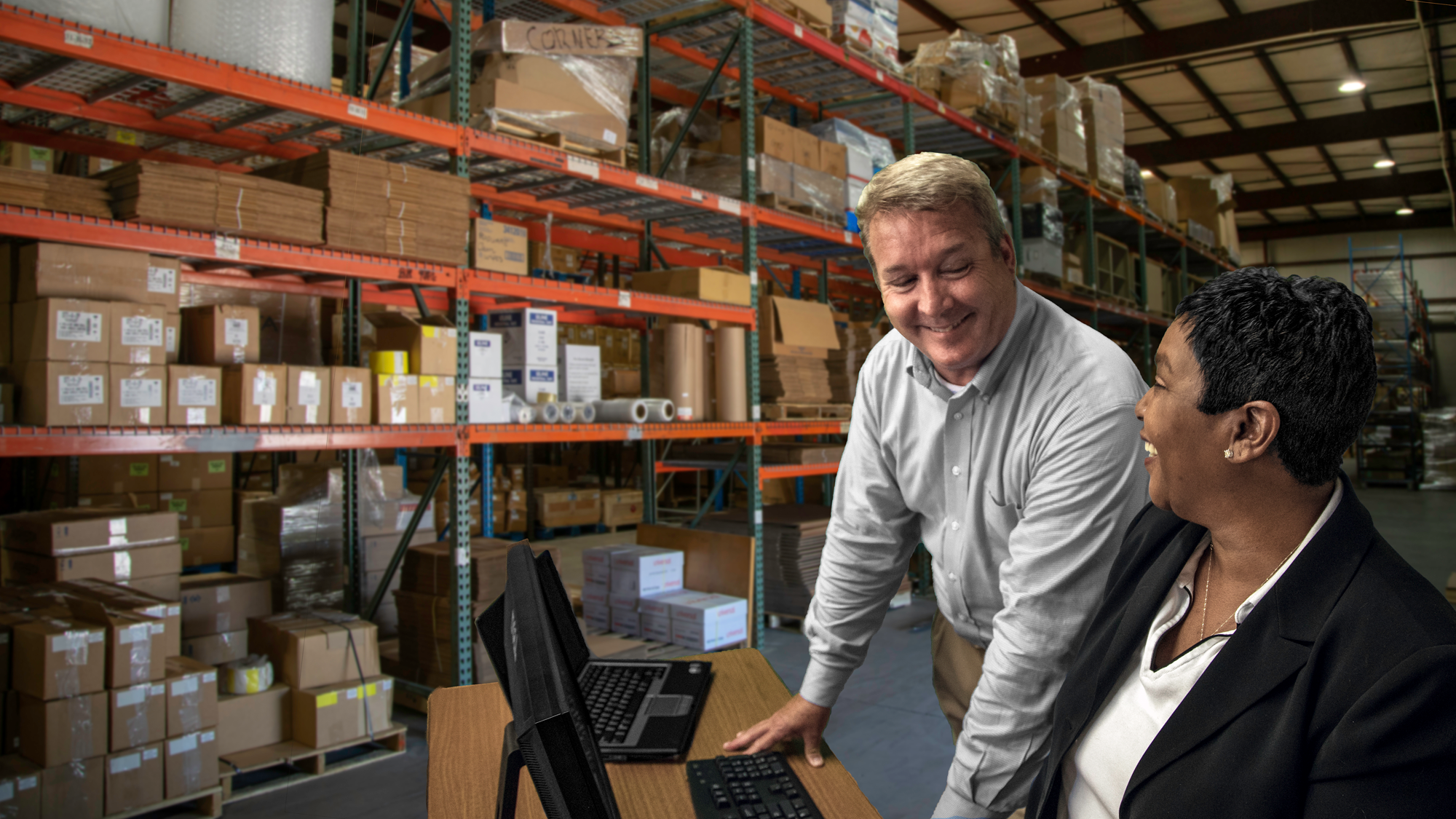 warehousing_grayshirt.png