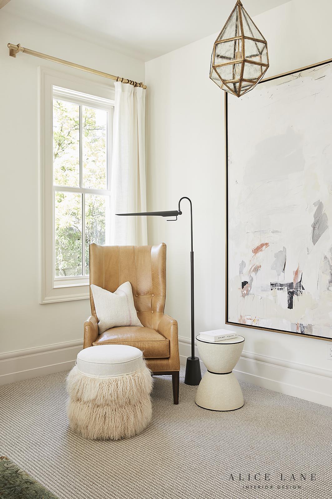 Tiger Oak   Alice Lane Interior Design   Photo by Nicole Gerulat