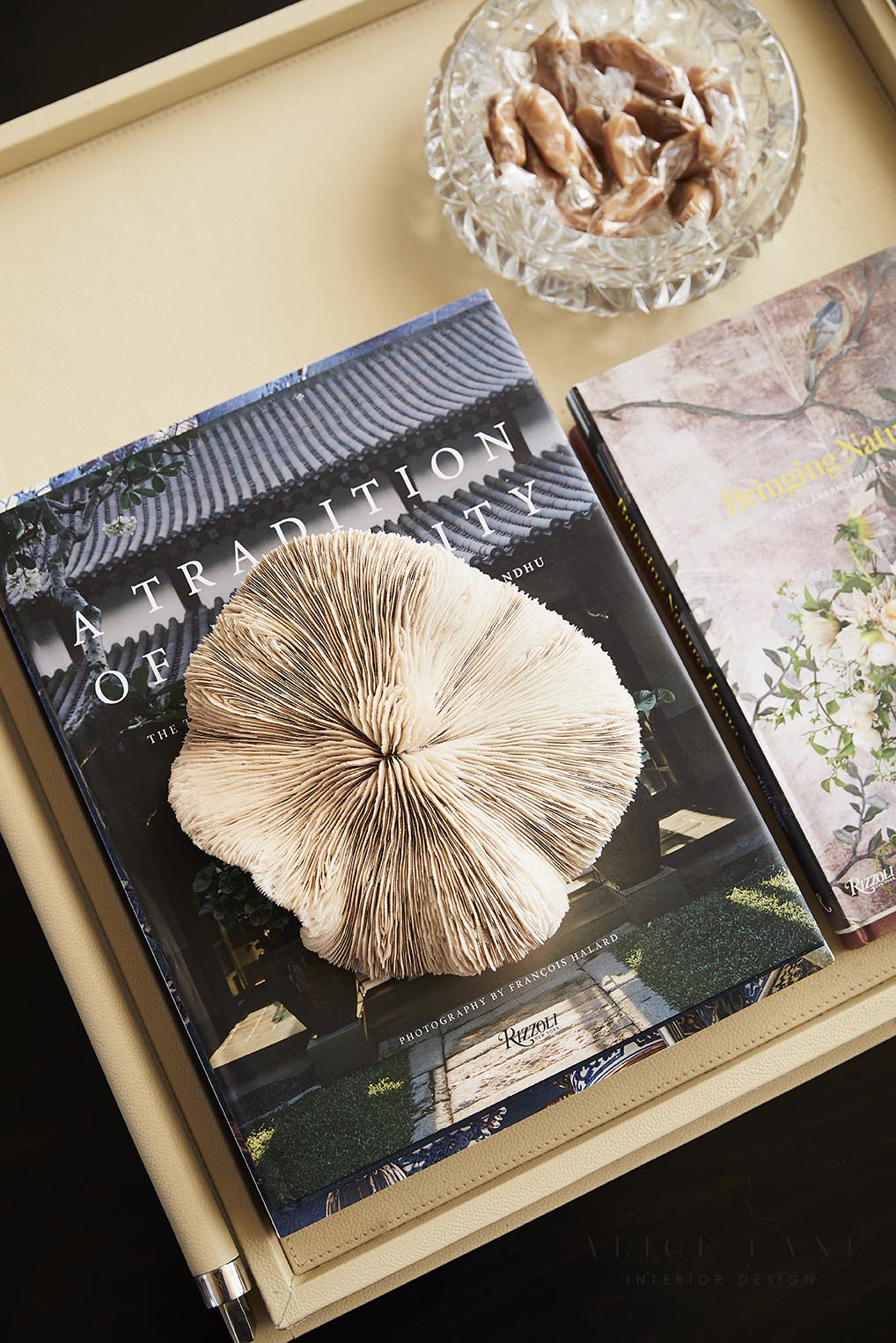 Home of Jessica Bennett | Alice Lane Interior Design | Photo by Nicole Gerulat