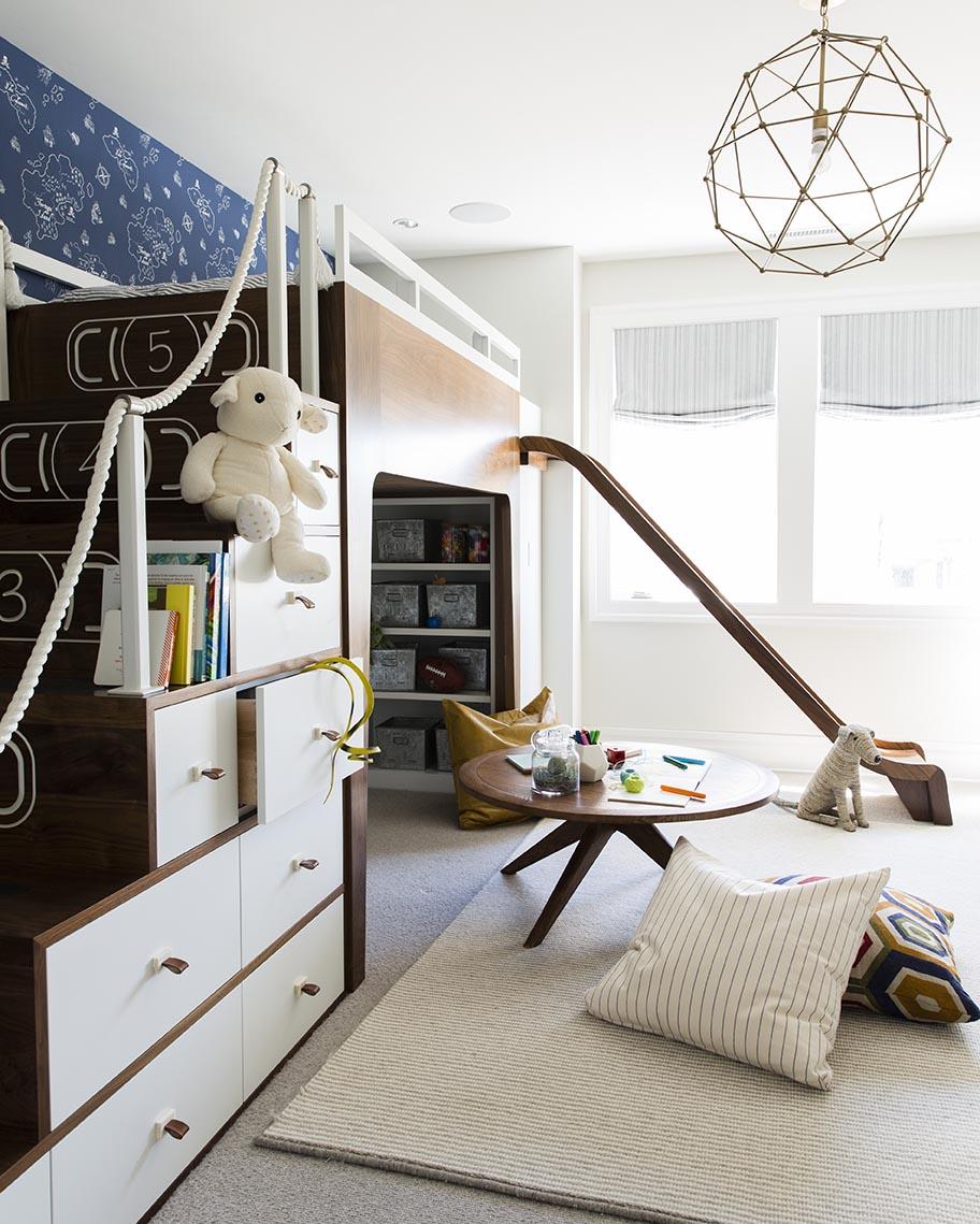 Coastal Contemporary | Alice Lane Interior Design | Photo by Nicole Gerulat