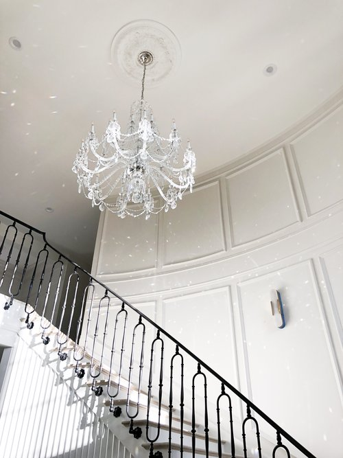 Rachel Parcell's Entry | Alice Lane Interior Design | Photo by Kristina Kellett