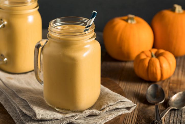 pumpkinsmoothiepic2.jpg