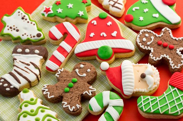 variety-of-christmas-cookies.jpg