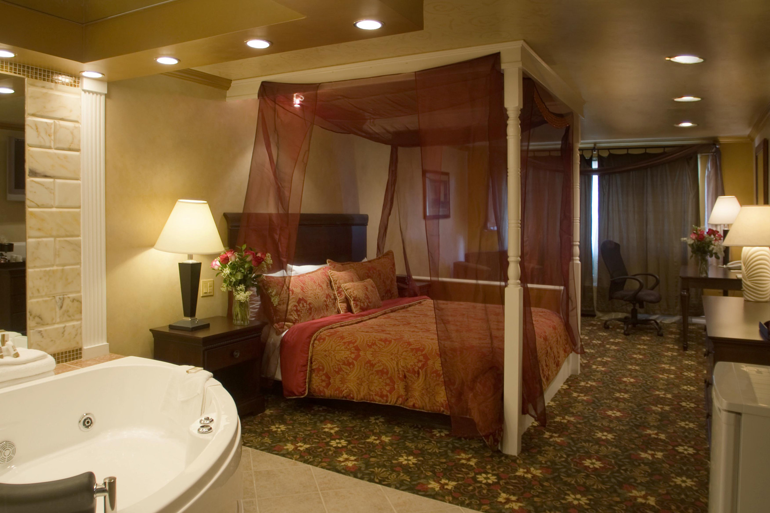 Luxury One-Bedroom Suite with in-room hot tub