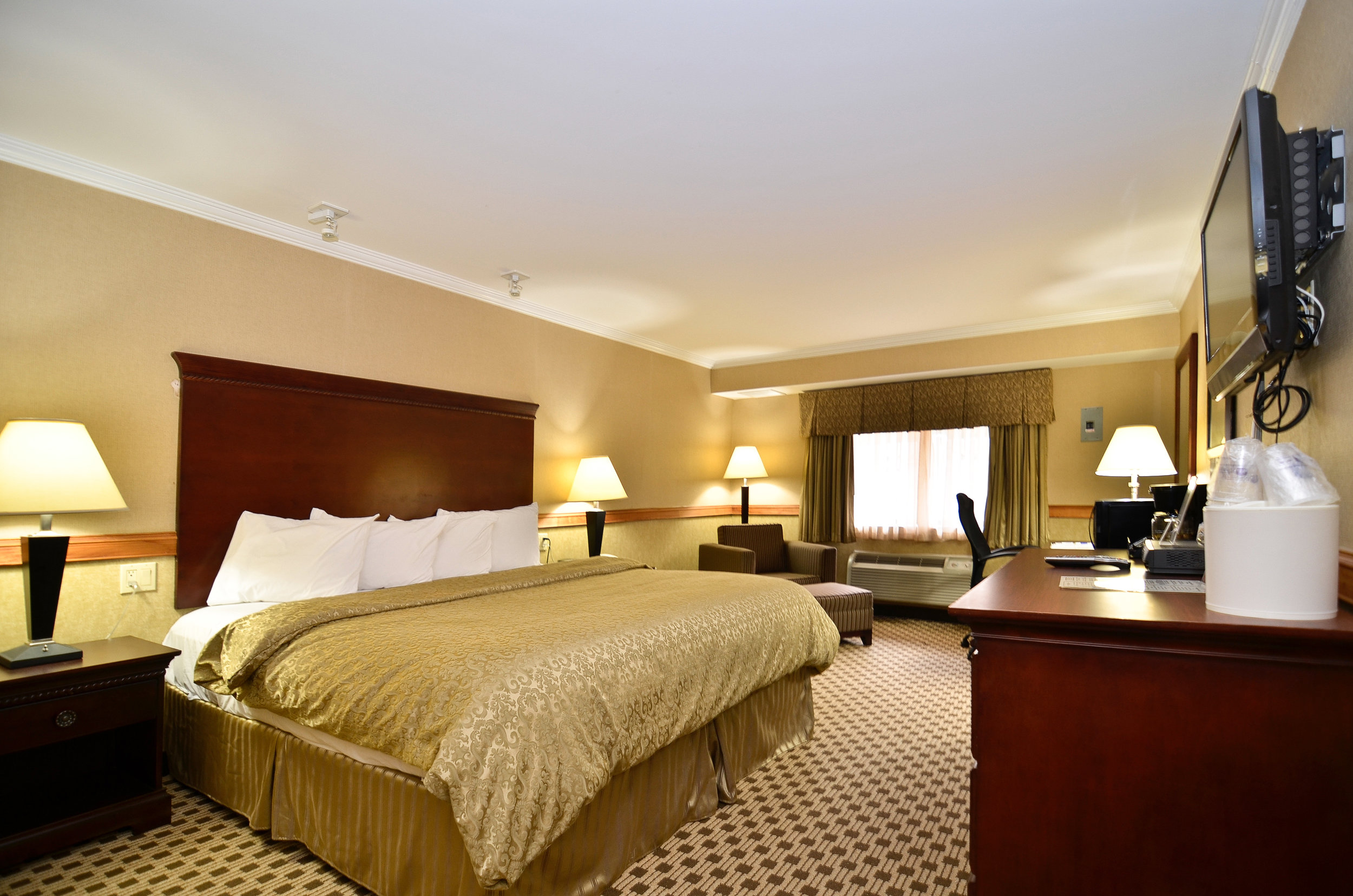 At Baymont Inn & Suites, our hotel accommodations include over 100 quality guest rooms & suites with all the latest amenities. Business travelers will love our Business Plus Suite, while those who are in town for an extended stay […]   CONTINUE READING