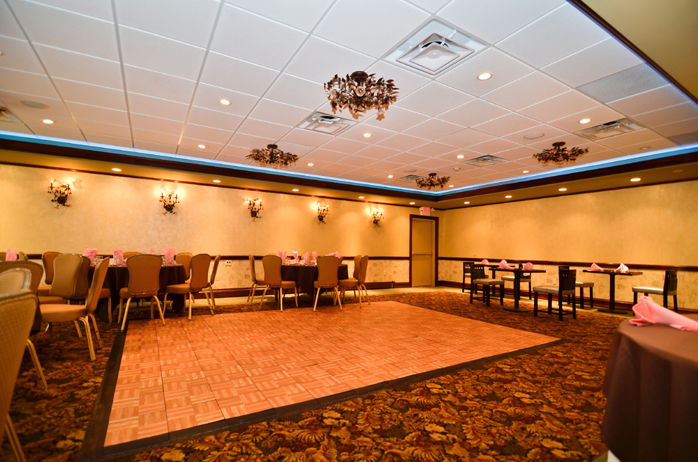 Looking for a place to hold your Northern New Jersey meeting or conference? Let the Baymont Inn & Suites in Pompton Plains, NJ take care of all your meeting needs. Whether you are planning a small corporate meeting or a […]   CONTINUE READING