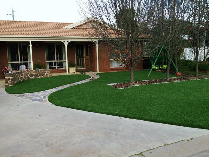 synth-grass-house.jpg