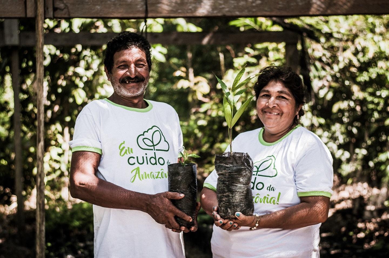 Família beneficiada pelo Carbono Neutro. Foto: Divulgação/Idesam