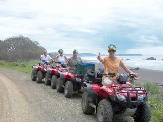 monkey-quad-tours nosara ATV