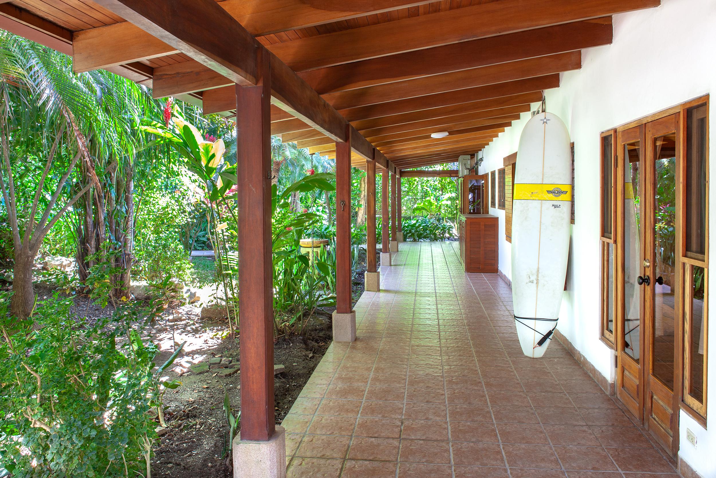 LOW - Casa las Brisas -  Jardines005.jpg