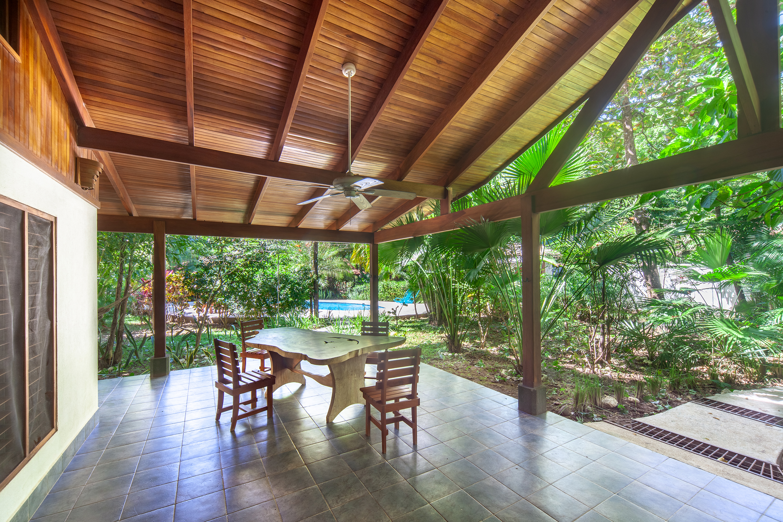 LOW - Casa las Brisas -  Jardines018.jpg