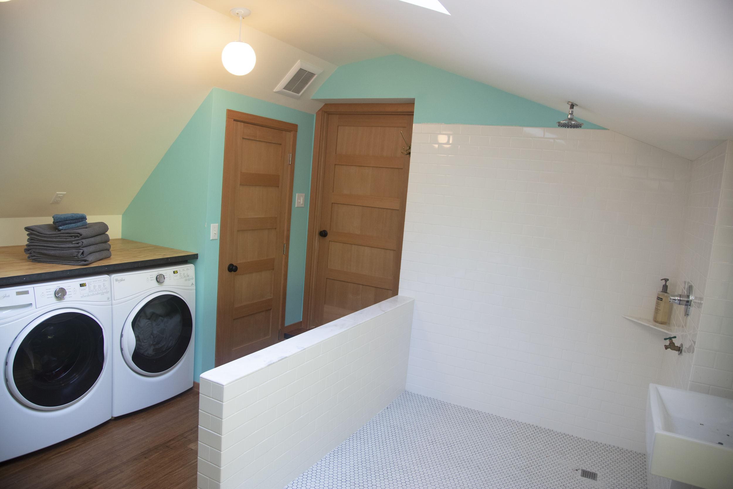 Laundry & Full Bathroom