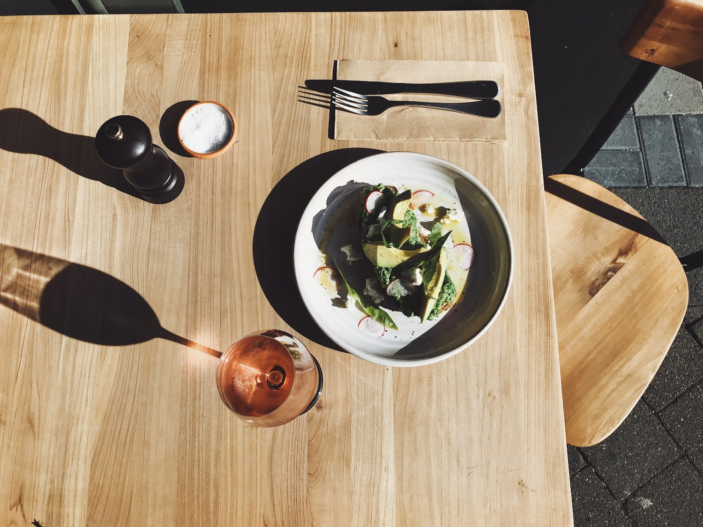 wine-lunch.jpg