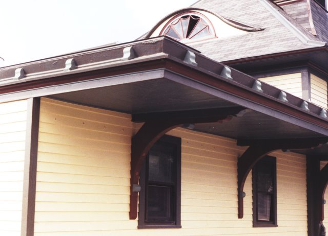 This is to show the unusual accent pieces along the roof edge. They are non-functional, only there for visual effect.