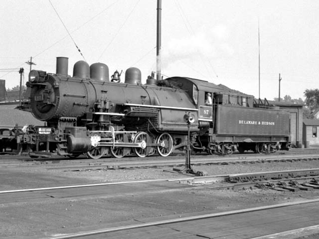 D&H 87 TYPE:  0-8-0  CLASS:  B-5  DATE:  9/1/47  LOCATION:  Glendale, NY  NOTES:  Rebuilt from 2-8-0 E-4 #1006 in April, 1923, sold to Luria in August, 1951.  PHOTOGRAPHER:  Jim Wright