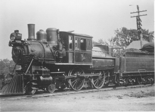 D&H 421 TYPE:  4-4-0 (Double Cab)  CLASS:  G-3   NOTES:  Manufactured by Smith & Jackson in 1871, the locomotive was rebuilt in 1898 by the D&H Green Island Shops and was scrapped in July of 1924.  (John Shaw Collection)