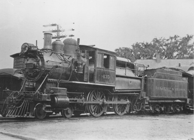 D&H 435 TYPE:  4-4-0 (Double Cab)  CLASS:  G-4e   NOTES:  Manufactured by Schenectady Locomotive works for the Rensselaer & Saratoga in 1868, the locomotive was rebuilt in 1899 by the D&H Green Island Shops and was scrapped in January of 1930.  (John Shaw Collection)