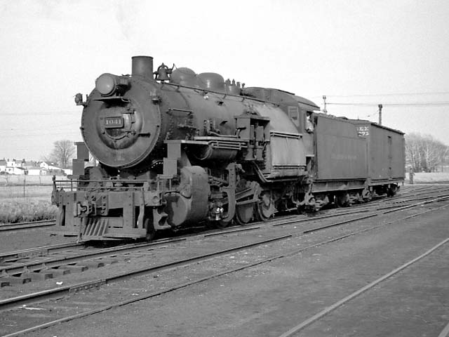 D&H 1041 TYPE:  2-8-0  CLASS:  E-5  DATE:  3/1/48  LOCATION:  Rouses Point, NY  PHOTOGRAPHER:  Jim Wright