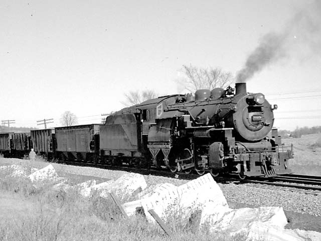 "D&H 1079 TYPE:  2-8-0  CLASS:  E-5  DATE:  11/1/47  LOCATION:  S of Smith's Basin, NY  NOTES:  On southbound ""RW"" freight.  PHOTOGRAPHER:  Jim Wright"