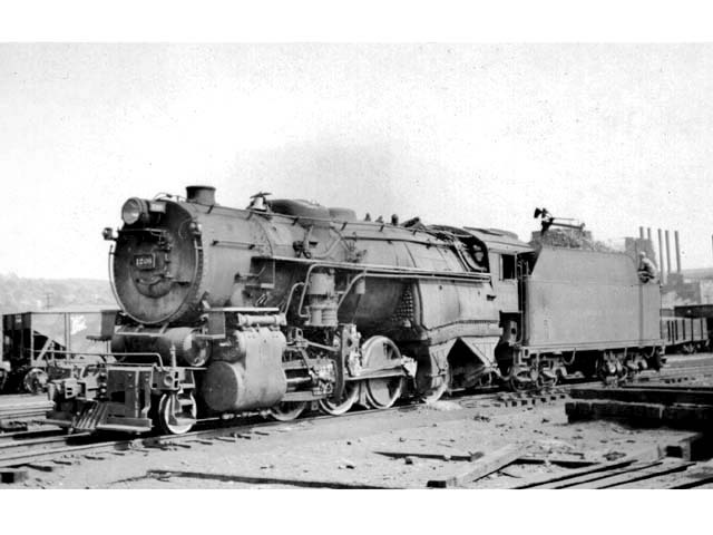 D&H 1208 TYPE:  2-8-0  CLASS:  E-6a  DATE:  1946  LOCATION:  Carbondale, PA  PHOTOGRAPHER:  Charles Elston,  (Jim Wright Collection)