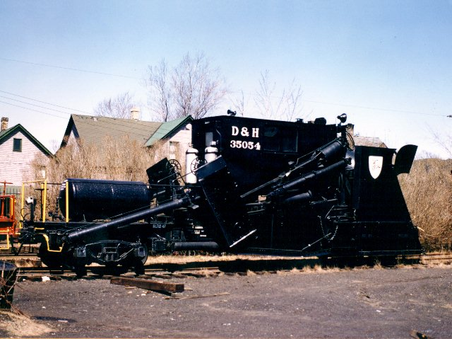 D&H 35054  Jordan Spreader #35054.  Photograph by Thomas Coyne, obtained from Bob's Photo, used by permission.