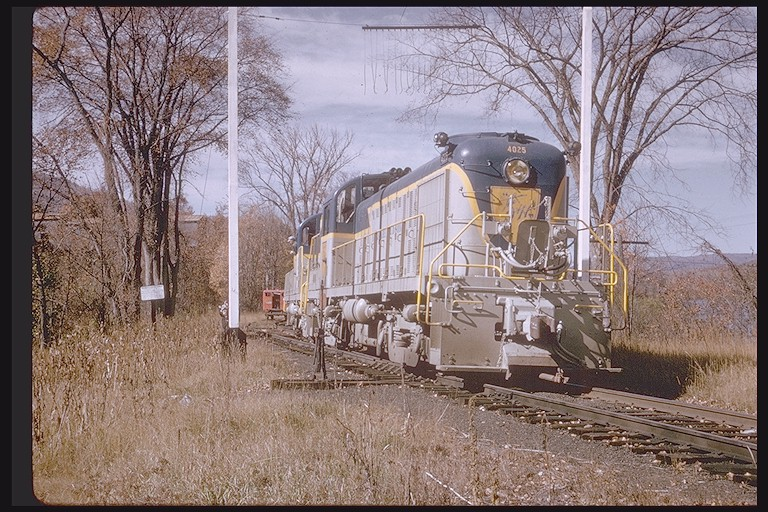 D&H 4025  North Creek, NY 10-13-63.   Photographer unknown, Joseph Testagrose collection.