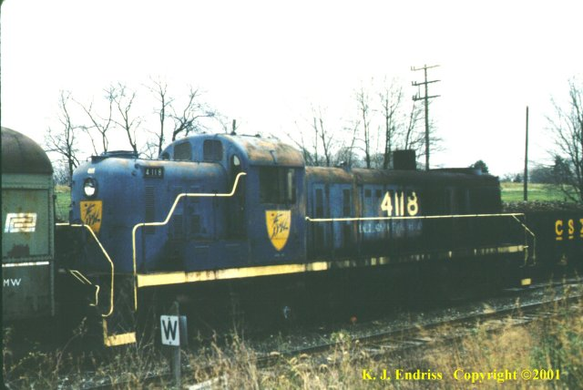 D&H 4118  In blue dip at Montchanin, Delaware in April, 1990.  Kevin J. Endriss photo