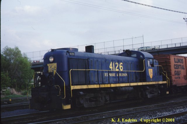 D&H 4126  In blue dip at Colonie in June, 1981.  Kevin J. Endriss photo