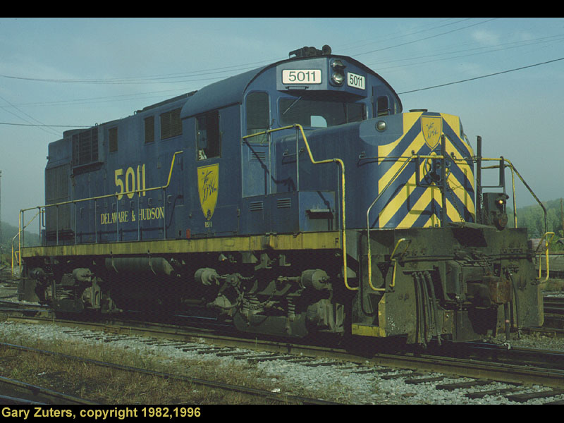 """D&H 5011  Unit #5011 in the """"Blue Dip"""" Paint scheme in 1982.  Photo by Gary Zuters, scan by John Reay"""