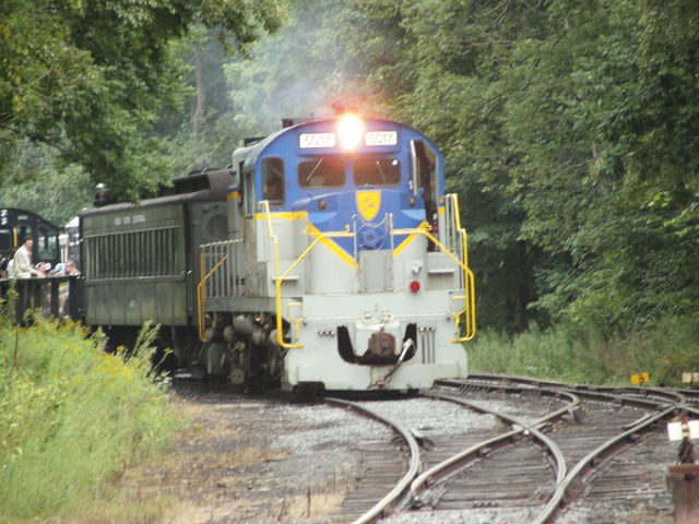 "D&H 5017  D&H 5017 under power circa 2015 pulling a ""Thomas the Tank Engine"" kid's fan train out of Arkville on the Delaware & Ulster running to Halcottsville/Roxbury.  Bill Yanson photo"