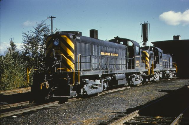 D&H #4033 and #4040 at North Creek, NY.  Jay Winn collection