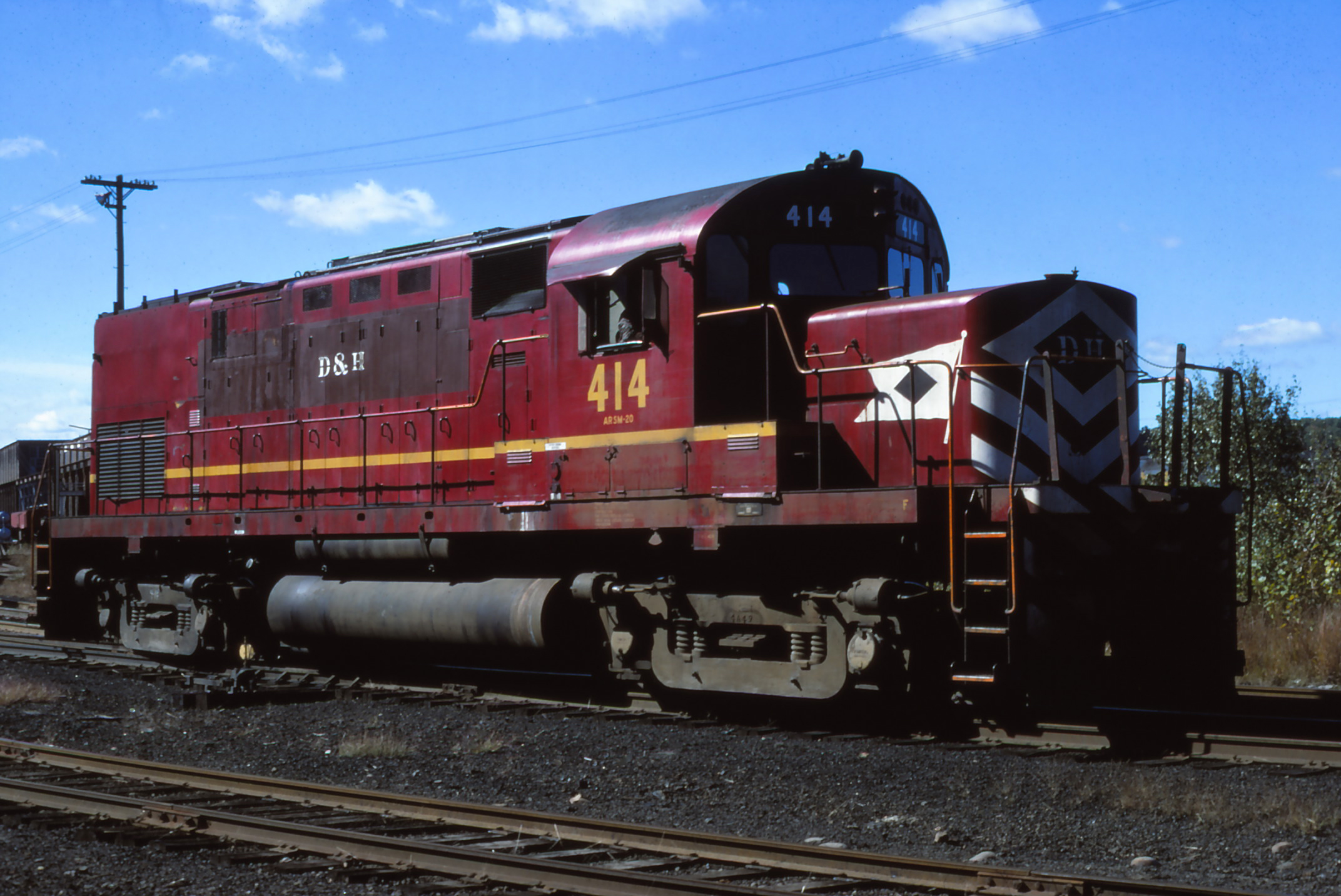 D&H C-420 #414 at Colonie in September of 1976.  The Garbely Publishing Company collection
