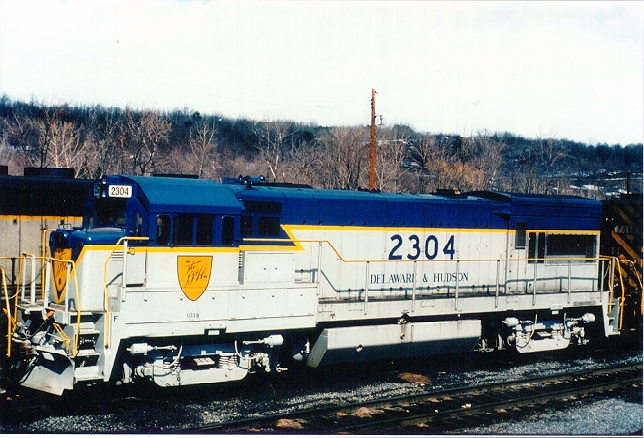 D&H 2304  D&H #2304 shows the final paint scheme before the Guilford takeover. This locomotive is shown at Mechanicville, NY in October 1982.  Bill Mischler photo