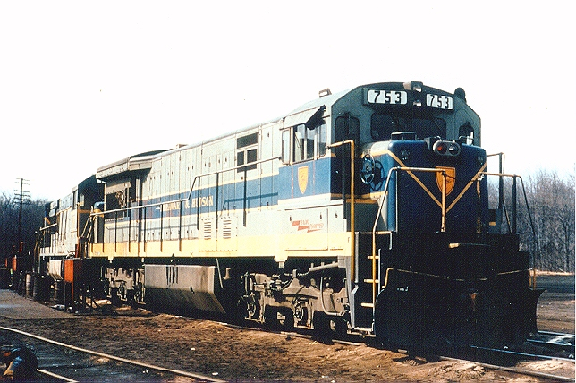 """D&H 753  U33C 753 is shown in its """"Delaware and Hudsonized"""" Erie-Lackawanna paint scheme at Mechanicville, NY, in April 1972. This photo was taken not long after this locomotive, and its sisters, 751 and 752 arrived on the D&H from the Erie-Lackawanna, in exchange for D&H SD45s 801, 802, and 803.  Bill Mischler photo"""