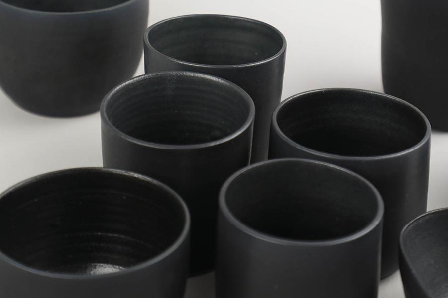 ves-black-collection-main-01.jpg