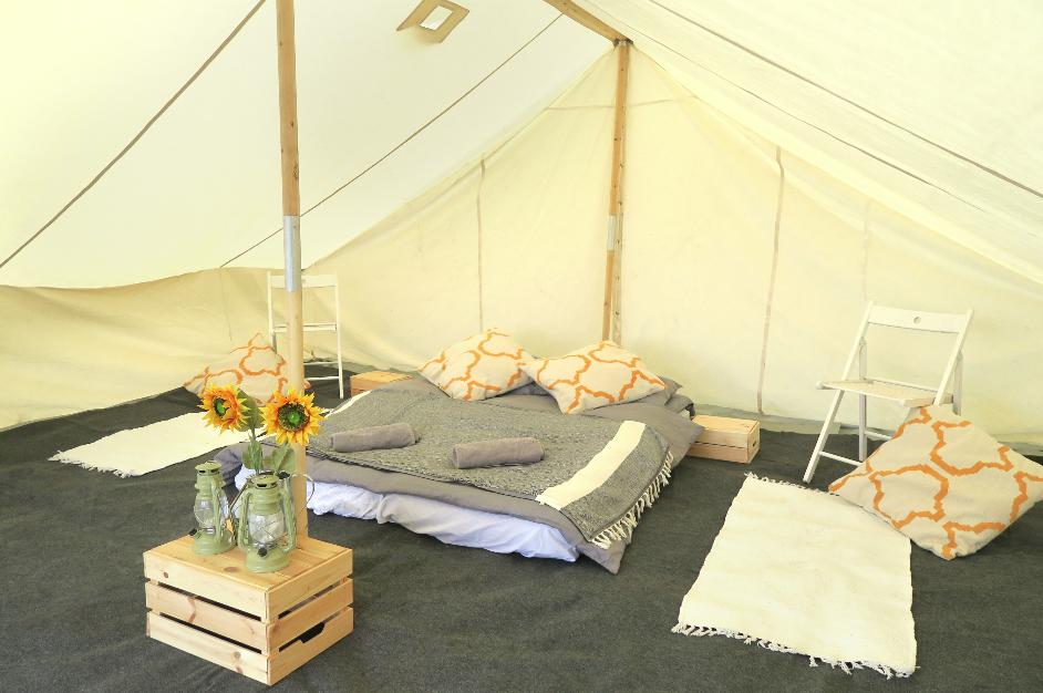 Luxury Ridge Tent for up to 8
