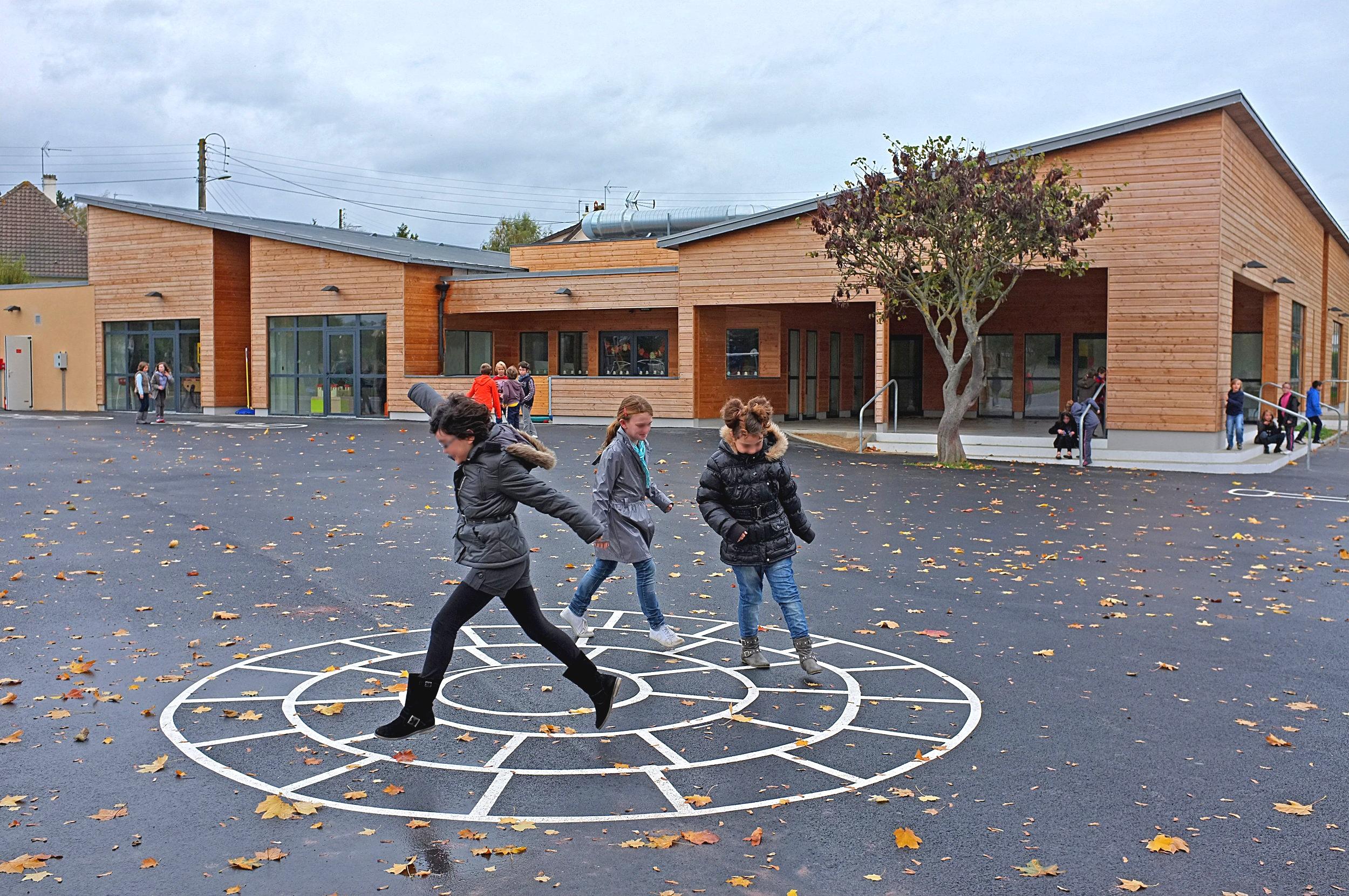 école louvigny