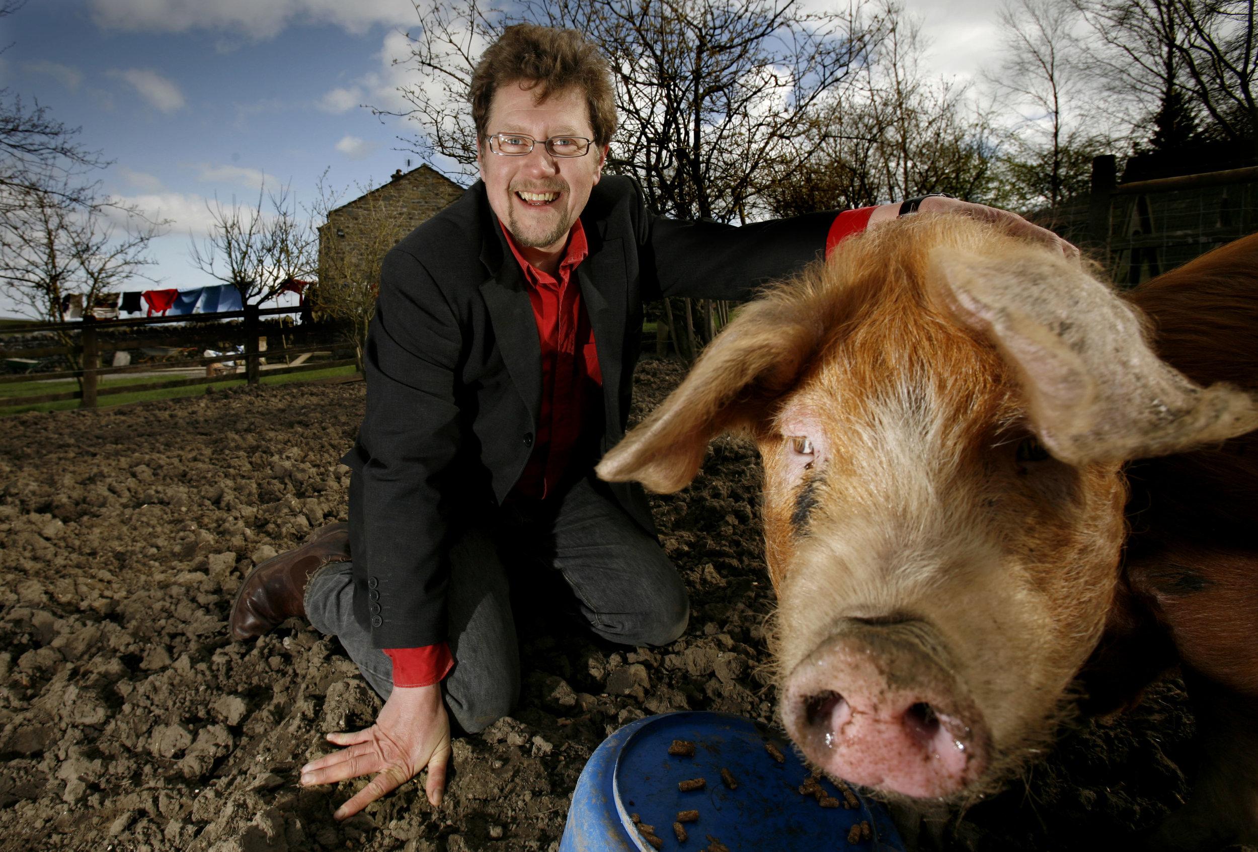 Chris Wildman Oxford Sandy Black Pig.JPG