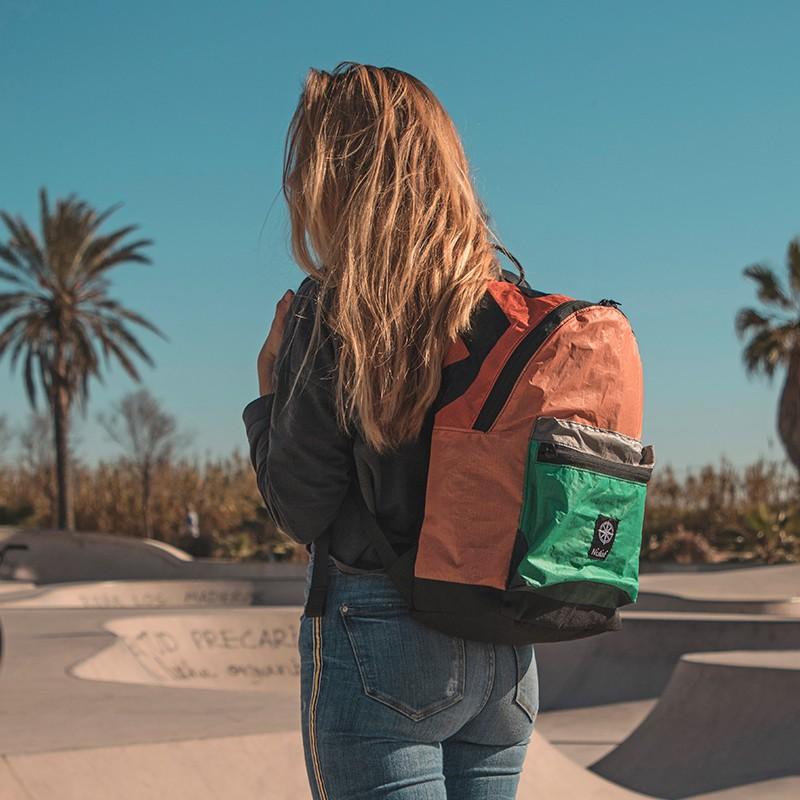 backpack-siroco-green-with-dots.jpg