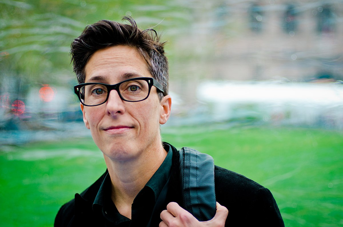 1200px-Alison_Bechdel_at_the_Boston_Book_Festival.jpg